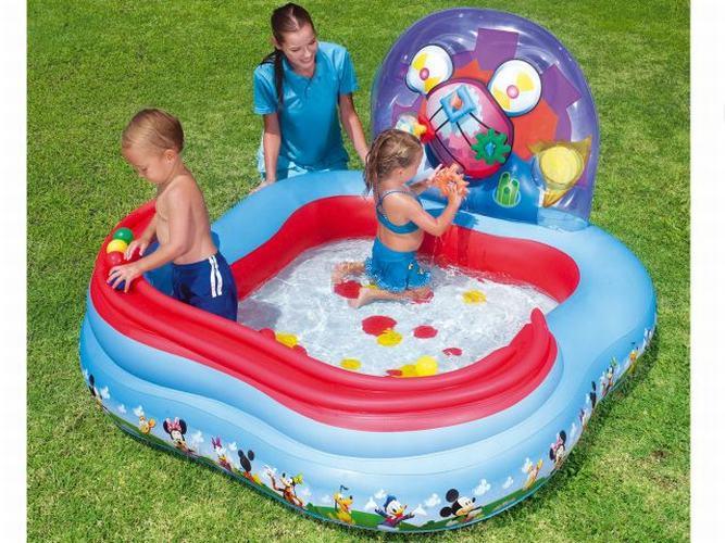 piscina mickey activity