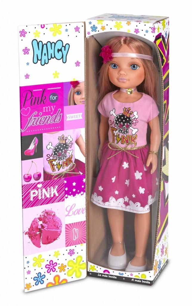 nancy-castano-famosa-rosa-clara-falda-oscura-9a